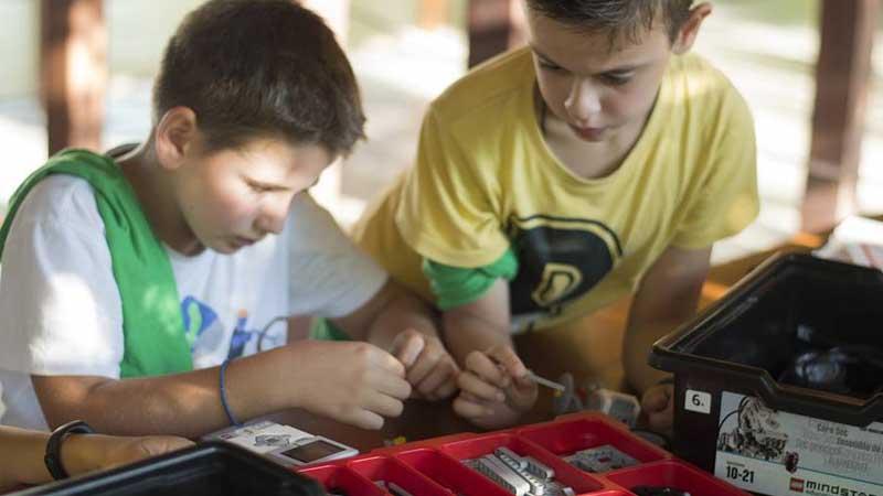 Μάθημα ΔΩΡΕΑΝ κατασκήνωση Εκπαιδευτικής Ρομποτικής μέσω ΟΑΕΔ και ασφαλιστικών ταμείων