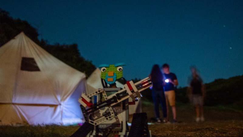 Νυχτερινή διαβίωση στην κατασκήνωση Ρομποτικής